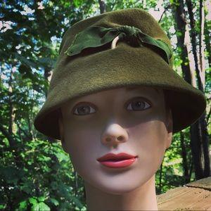 Vintage Gus Mayer Hat